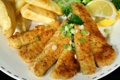 Pescado frito con patatas fritas 2 foto de archivo