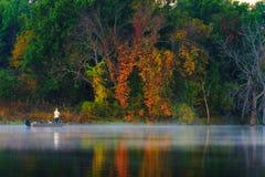 Pescador In The Autumn Imagens de Stock Royalty Free