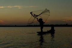 Pescador da silhueta fotos de stock