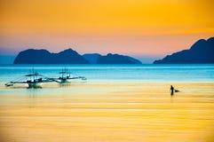 Pescador de la puesta del sol Foto de archivo