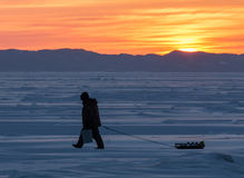 Pescador del invierno Imágenes de archivo libres de regalías