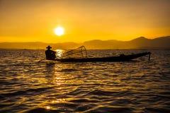 Pescador do lago Inle Fotos de Stock Royalty Free