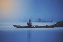 Pescador en el encierro de Rawa Fotos de archivo