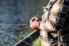 Pescador en el río Imágenes de archivo libres de regalías