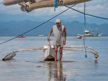 Pescador en las Filipinas Fotografía de archivo libre de regalías