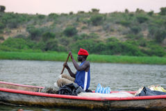 Pescador en Victoria Nile Fotografía de archivo