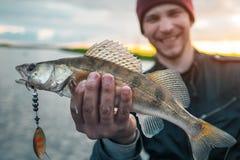 Pescador feliz foto de stock