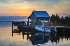 Pescador Net House Manteo Carolina del Norte de la puesta del sol Imagen de archivo