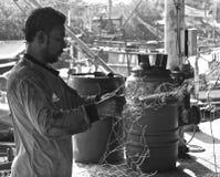 Pescador tailandês em Khao Takiab imagens de stock
