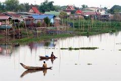 Pescador tradicional tailandês no rio Imagem de Stock Royalty Free