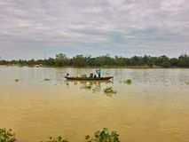 Pescador y río Imagen de archivo libre de regalías