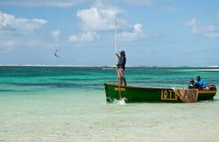Pescadores de Maurician en el trabajo Fotos de archivo libres de regalías