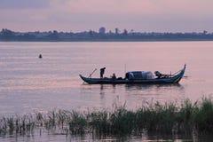 Pescadores en Phnom Penh Foto de archivo