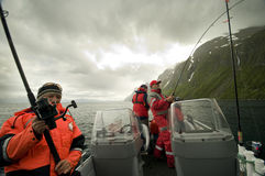 Pescadores no barco fotos de stock