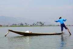 Pescadores no lago Inle em Myanmar (Burma) imagem de stock royalty free