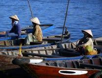 Pescadores vietnamianos fotografia de stock royalty free
