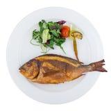 Pescados asados a la parrilla de la brema de mar con las verduras Fotografía de archivo