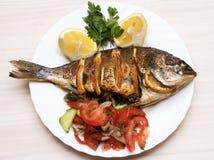 Pescados cocinados de la brema de mar de los pescados Foto de archivo libre de regalías