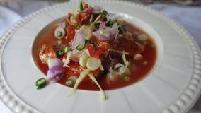 Pescados conservados con la ensalada de la salsa de tomate Foto de archivo libre de regalías
