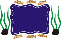 Pescados del océano en color azul anaranjado en el ambiente lateral azul Imagen de archivo