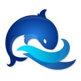 Pescados en ondas azules Imagenes de archivo