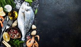 Pescados frescos deliciosos Fotos de archivo libres de regalías