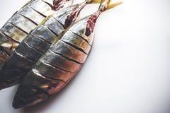 Pescados frescos listos para ser cocinado Cierre para arriba Foto de archivo libre de regalías