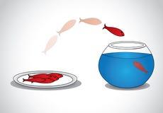 pescados jovenes alertas que se escapan de la placa de pescados muertos al bol de vidrio Imágenes de archivo libres de regalías