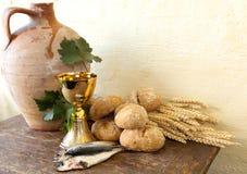 Pescados y pan de Jesús Imágenes de archivo libres de regalías