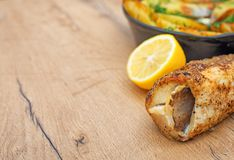 Pescados y patatas fritos Imagenes de archivo