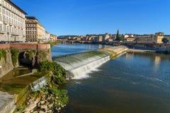 Pescaia Di Santa Rosa στον ποταμό Arno στη Φλωρεντία Ιταλία στοκ φωτογραφίες