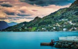 Pescando al tramonto in Norvegia Fotografia Stock Libera da Diritti