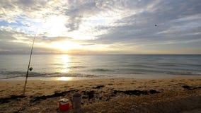 Pescando alla spiaggia Fotografia Stock Libera da Diritti