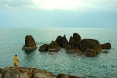 Pescando en paraíso en la isla de Ko Samui, Tailandia. imagenes de archivo