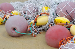 Pescando flutuadores e rede de pesca Foto de Stock