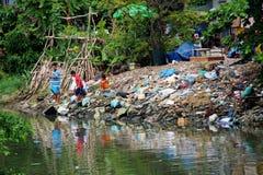 Pescando in Ho Chi Minh City, il Vietnam Immagine Stock