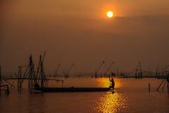 Pescando nella palude Fotografia Stock