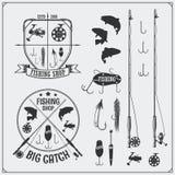 Pescando o jogo Pescando etiquetas e emblemas Equipamento, ganchos e atrações de pesca Fotografia de Stock