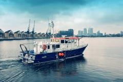 Pescando o navio Foto de Stock