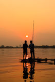 Pescando su Westlake Hanoi Fotografie Stock Libere da Diritti