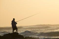 Pescando sulla costa del Transkei del Sudafrica Immagini Stock Libere da Diritti