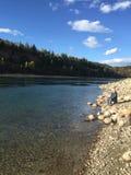 Pescando un giorno soleggiato Immagini Stock Libere da Diritti