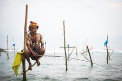 Pescatore del trampolo in Koggala, Sri Lanka Fotografie Stock