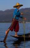 Pescatore della pagaia del piede Fotografia Stock