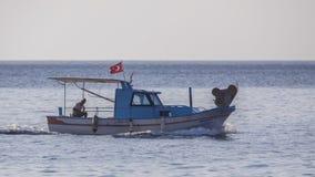 Pescatore Heading Habour Immagine Stock