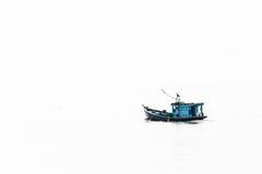 Pescatori che raccolgono i crostacei al settore agricolo del cuore edule Fotografia Stock