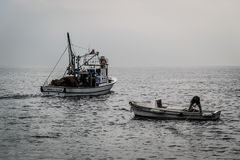 Pescatori della città di Cinarcik Fotografia Stock