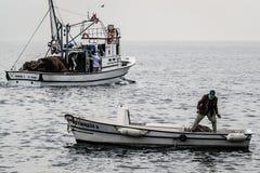 Pescatori della città di Cinarcik Immagine Stock