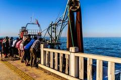 Pescatori della città di Cinarcik Fotografia Stock Libera da Diritti