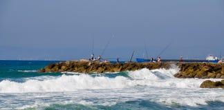 Pescatori in mare Immagini Stock
